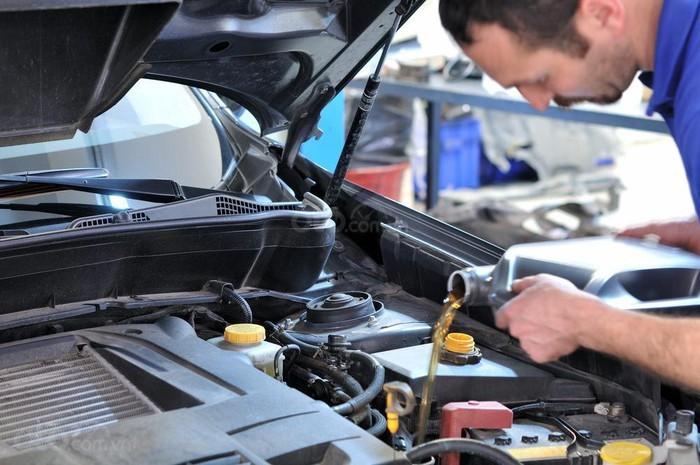 bảo dưỡng xe ô tô hết bao nhiêu tiền